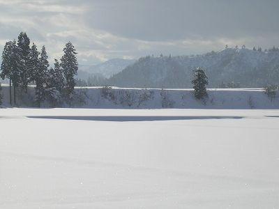 1メートル近く雪が降りました@魚沼産コシヒカリの田んぼ