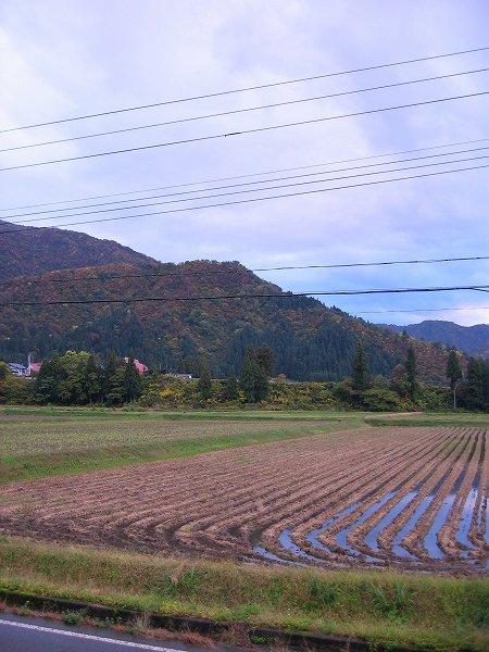 新潟県南魚沼市は弱い雨降りです