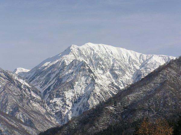 小春日和の越後駒ケ岳