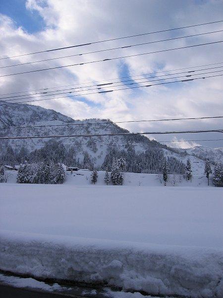 今朝の新潟県南魚沼市は冷え込んでいます