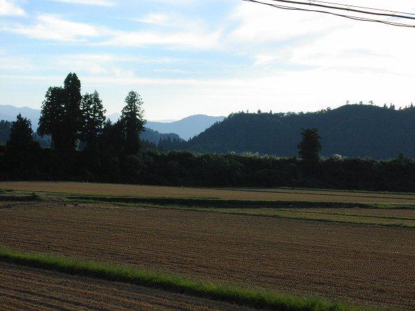 今日も一日いい天気でした - 魚沼産コシヒカリの田んぼ@新潟県南魚沼市