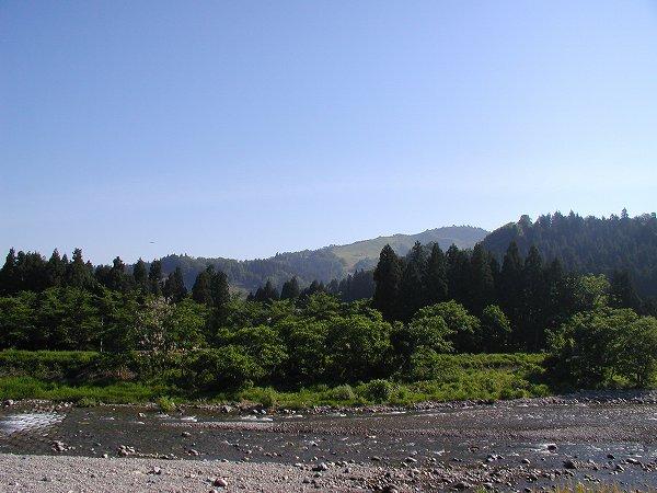 魚沼の朝は空気がひんやりとして爽やかです
