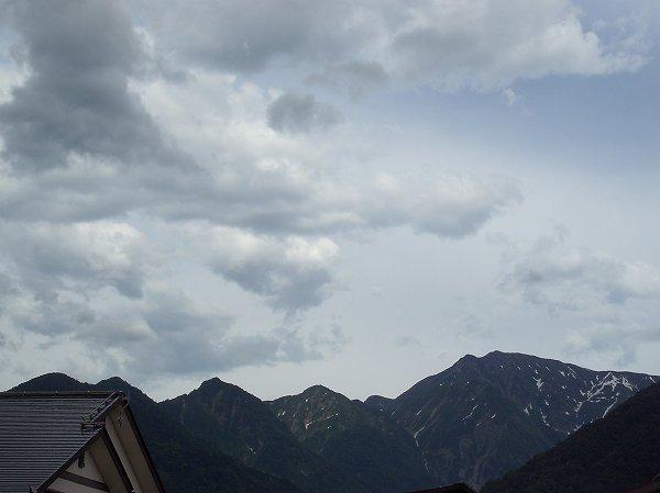 駒ケ岳の姿がくっきりと見えています