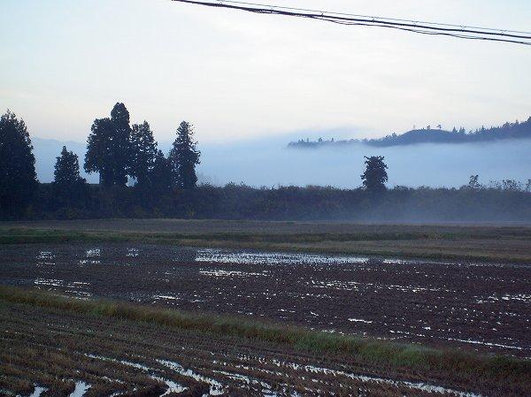 今朝の新潟県南魚沼市は晴れて冷え込んでいます