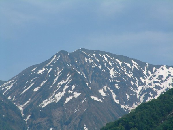 初夏の魚沼駒ケ岳