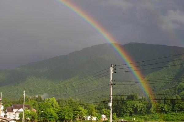 くっきりときれいに虹が見えていました