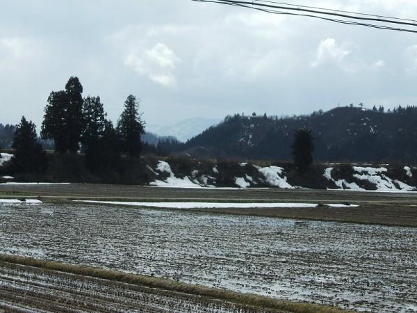 今日の新潟県南魚沼市は変わりやすい天気です