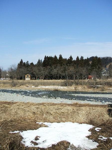 水無川の雪がほぼ消えました