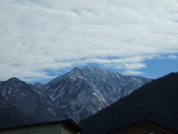 雪化粧した駒ケ岳