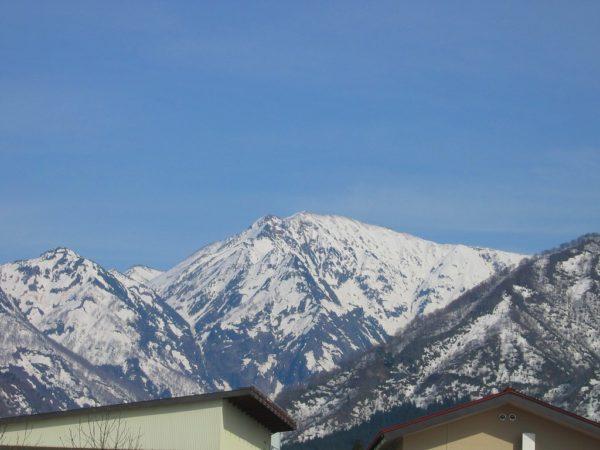 雪解けが進む駒ケ岳
